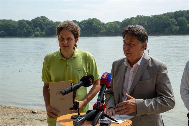 Dunajské luhy dostanú náležitú ochranu, prisľúbil envirorezort