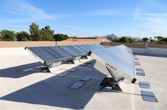 Solárne panely Source vytvárajú pitnú vodu zo vzduchu