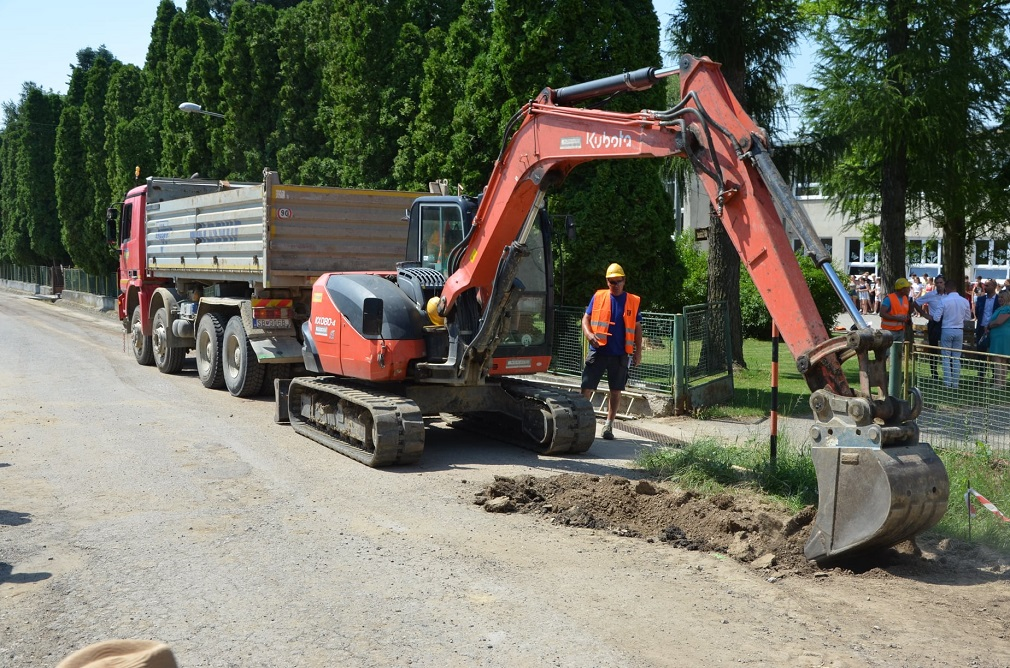 BVS začala budovať vodovod v Radošovciach