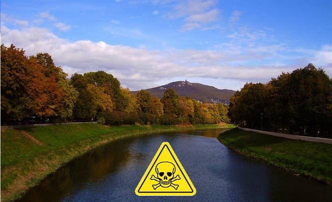 Monitoring potvrdil pretrvávajúce znečistenie rieky Nitra. Nebezpečné kontaminanty sa nachádzajú aj v ďalších vodných tokoch