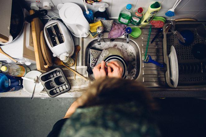 Ktorá metóda umývania riadu je najekologickejšia?