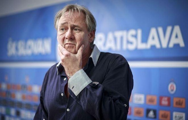 Ivan Kmotrík sa priznal, že spoluvlastní dcérsku spoločnosť BVS