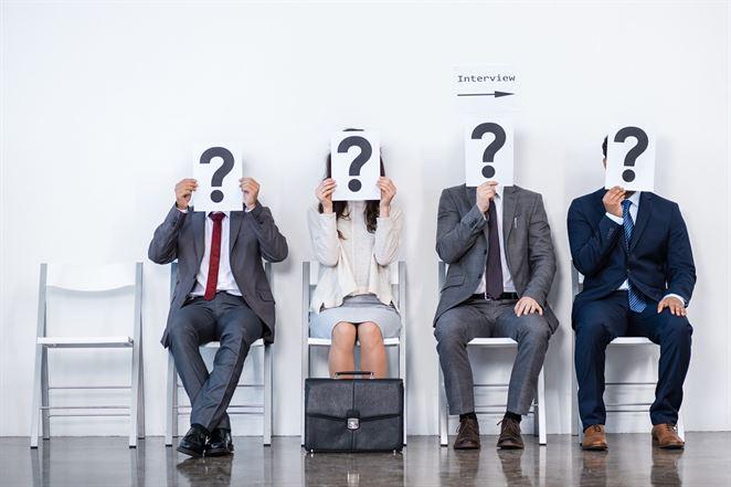 Mená neúspešných kandidátov na šéfa VV nie sú známe, J. Budaj priznal chybu