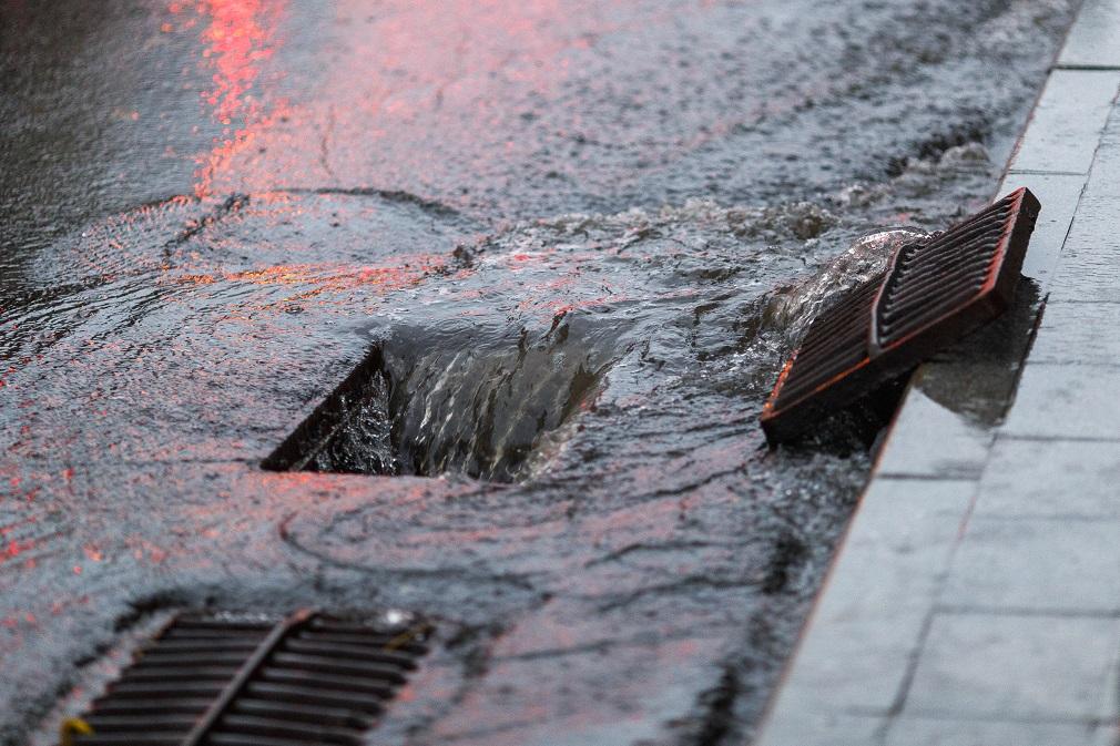 Aký vplyv majú zrážkové vody na ČOV? Odborník z brnianskych vodární vysvetľuje