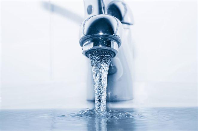 Inteligentné umývadlo by mohlo pomôcť ušetriť vodu