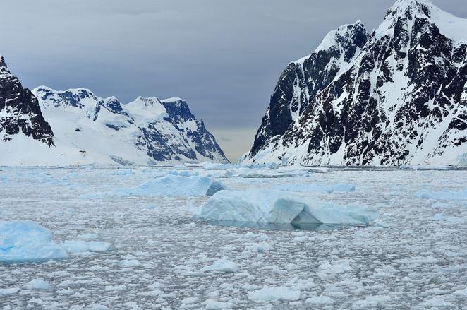 Pod Antarktídou objavili skrytý rádioaktívny zdroj tepla, ktorý zrejme prispieva k topeniu ľadu odspodu