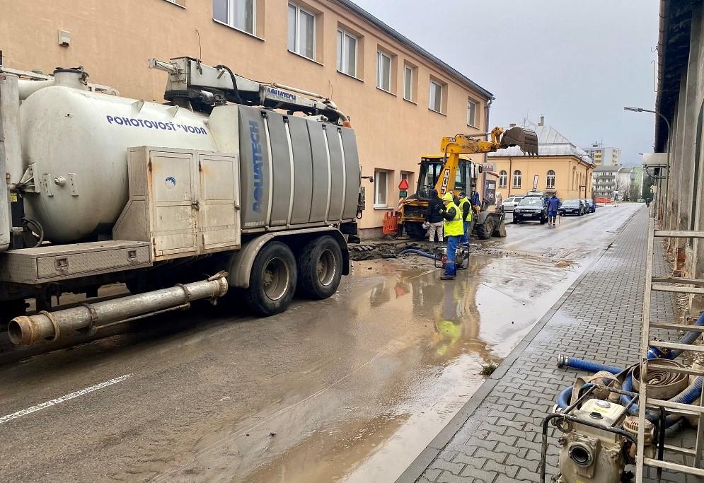 LVS bude rekonštruovať vodovodné potrubie, zásobovanie zabezpečí z iného zdroja
