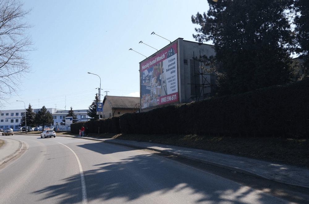 Liptovskomikulášski vodári znižujú vizuálne znečistenie veľkoplošnou reklamou