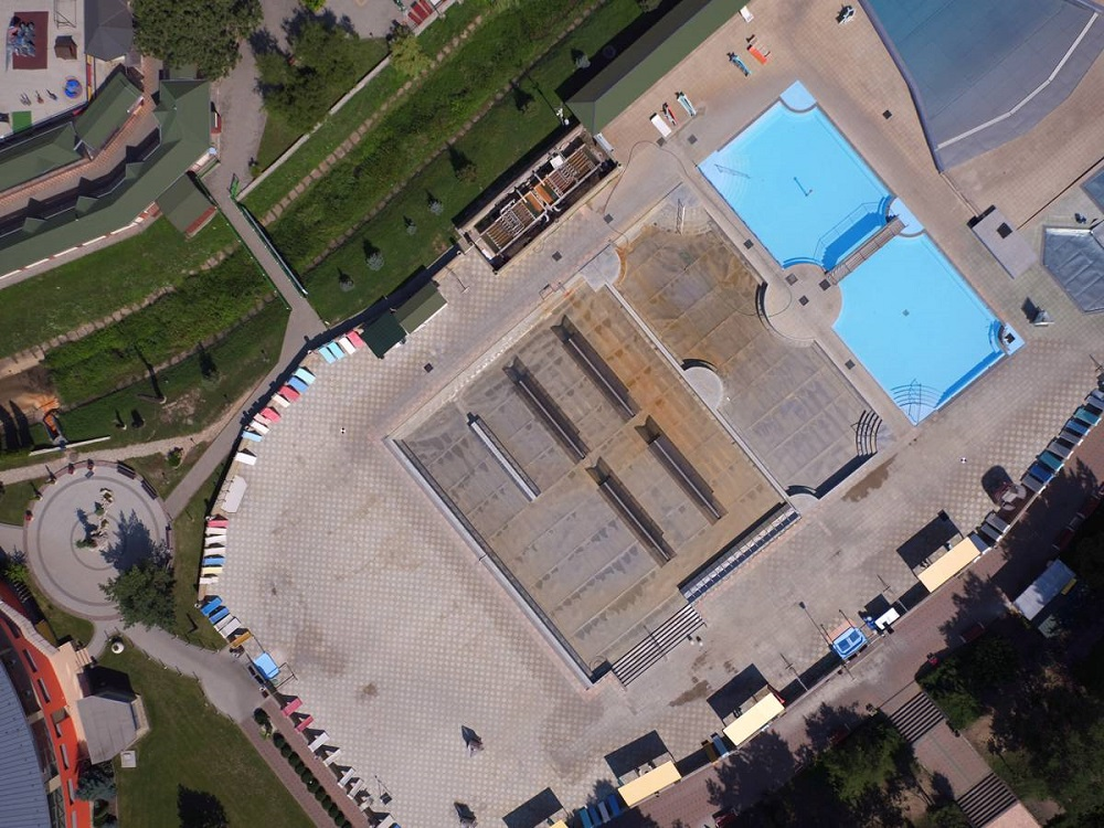 SIŽP: Kúpalisko v Podhájskej nelegálne vypúšťalo odpadové vody do miestneho potoka