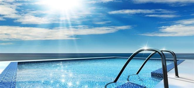 Ako udržať čistú a priezračnú vodu v bazéne