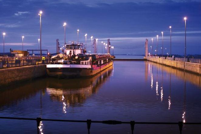 Medzinárodná lodná doprava cez Gabčíkovo je opäť v bežnom režime