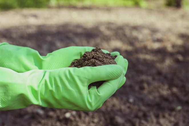 Istrochem odmieta prevziať zodpovednosť za znečistenie nebezpečnými chemikáliami