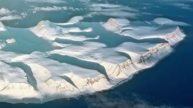 V antarktickom ľade boli po prvý krát objavené mikroplasty