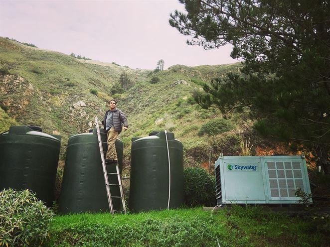 Nový vynález produkuje lacnú pitnú vodu zo vzduchu