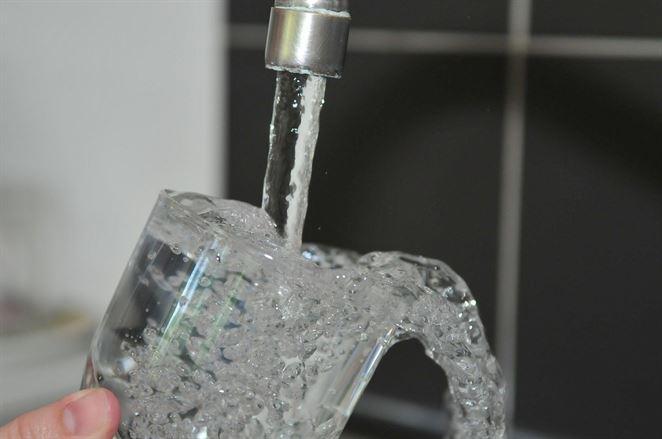 BVS: Voda z kohútika je bezpečná, koronavírus neprenáša